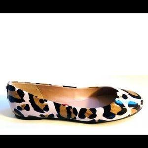 BCBG Leopard Flats